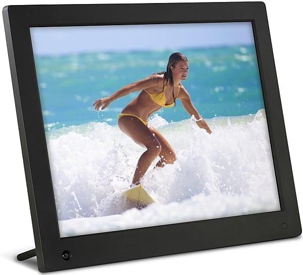 Use a digital photo frame
